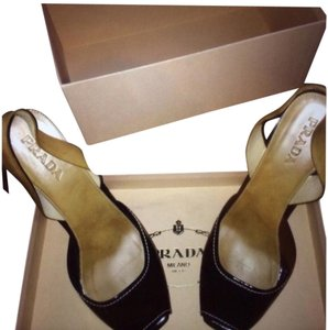Prada Black And Beige Pumps