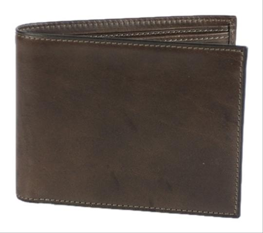 Preload https://item3.tradesy.com/images/bosca-brown-1911-executive-id-wallet-4084672-0-0.jpg?width=440&height=440