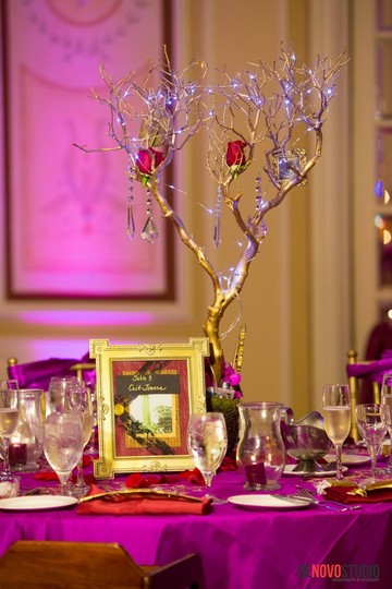 Preload https://img-static.tradesy.com/item/408689/gold-ceremony-manzanita-trees-with-lights-centerpiece-0-0-540-540.jpg
