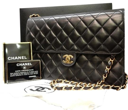 Preload https://item1.tradesy.com/images/chanel-classic-flap-quilted-classic-lamb-black-lambskin-leather-shoulder-bag-4087285-0-8.jpg?width=440&height=440