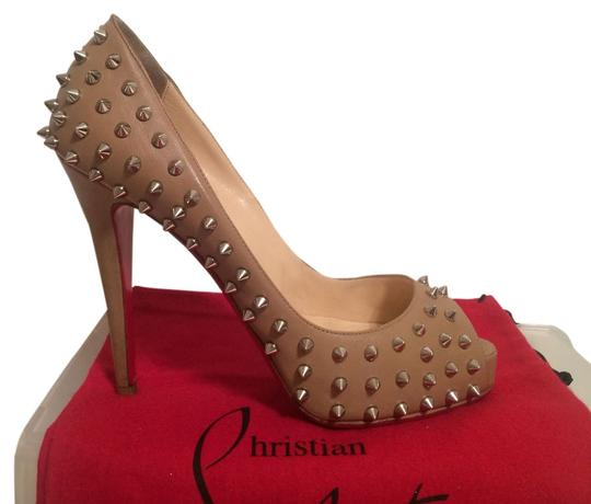Preload https://item2.tradesy.com/images/christian-louboutin-beige-very-prive-leather-spiked-eu-395-pumps-size-us-9-4087801-0-2.jpg?width=440&height=440