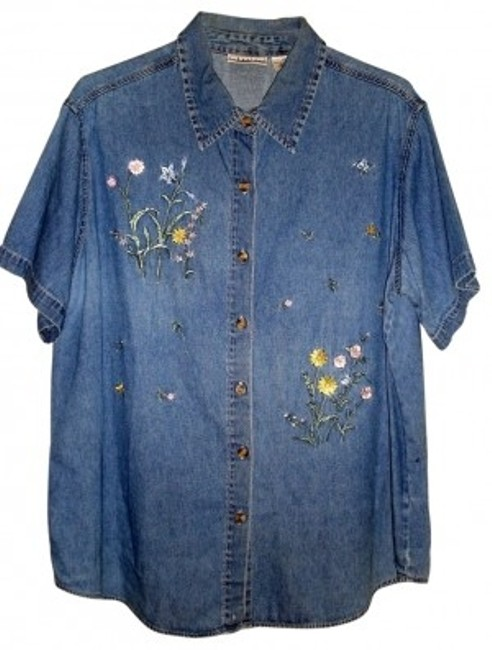 Item - Denim with Embroidery Casual Spring Blouse Short Sleeved Button-down Top Size 18 (XL, Plus 0x)