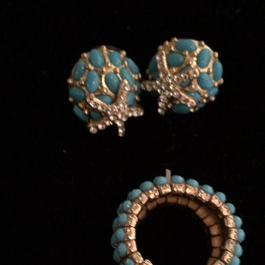 Aize Three Pieces. Earring And Ring To Get There