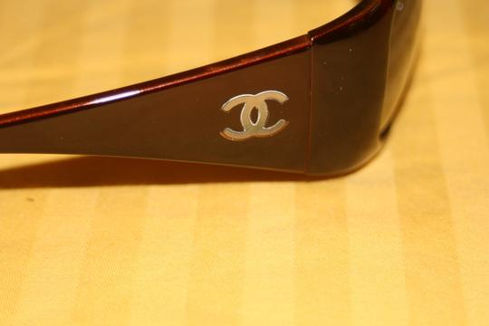 Chanel 5087 Burgundy Brown Red CC Logo Mother Of Pearl Wrap Bag Classic MOP