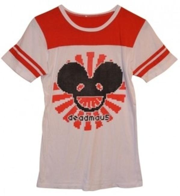 Preload https://img-static.tradesy.com/item/40930/deadmau5-band-red-and-white-tee-shirt-size-8-m-0-0-650-650.jpg