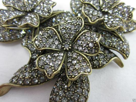 Heidi Daus HEIDI DAUS 4 SEASONS IN BLOOM PIN A MUST SWAROVSKI RET $190 DEAL OF A LIFETIME! BRAND NEW!!! Image 1