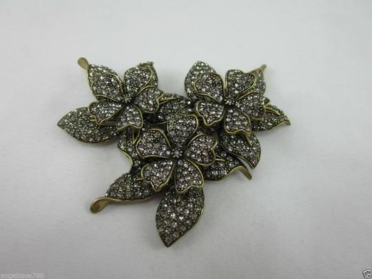 Heidi Daus HEIDI DAUS 4 SEASONS IN BLOOM PIN A MUST SWAROVSKI RET $190 DEAL OF A LIFETIME! BRAND NEW!!! Image 2