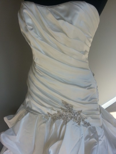 Sottero and Midgley Ivory Satin Lucianna Feminine Wedding Dress Size 12 (L)