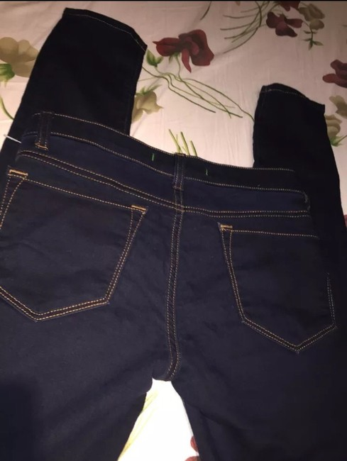 J Brand Very Comfy Lightweight Stretchy And Soft Jeggings-Dark Rinse