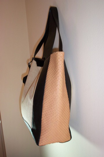 Allibelle Leather Embossed Leather Sides Tote in Black Beige Gold Allibelle Shopper