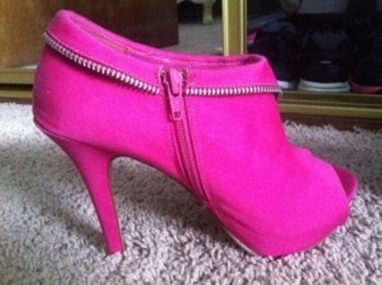 Body Central Pink Pumps