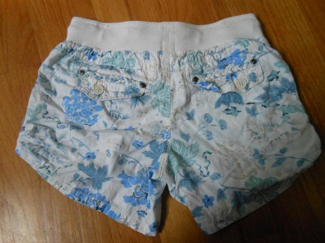 Mossimo Supply Co. Cream Co. Flower Pockets Shorts Blue