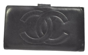 Chanel CHANEL Lambskin leather With CC Logos Long Wallet