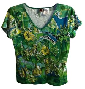 Forbidden Sparkle Floral Comfortable Top Green