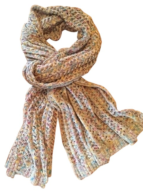 Item - Cream Multi Knit Scarf Activewear Size OS (one size)