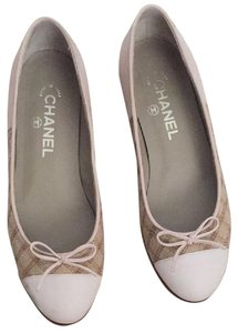 Chanel Tweed Leather Cc Nude/Natural Flats