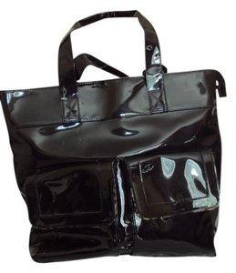 Toss Designs Tote in Black