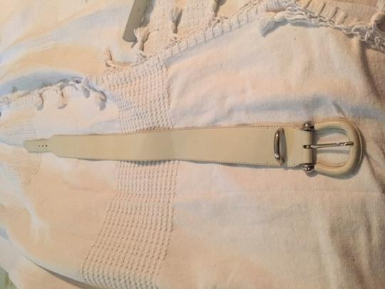 Burberry White Leather Burberry Belt