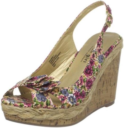 Preload https://item2.tradesy.com/images/madden-girl-encoree-womens-pink-multi-flower-platform-wedge-sandals-shoes-9-4111111-0-0.jpg?width=440&height=440