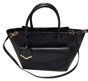 The Limited Tote in Black