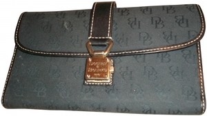 Dooney & Bourke Dooney & Bourke wallet