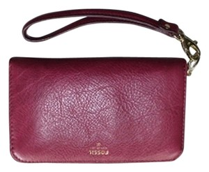 Fossil Clutch Wallet New Nwt New With Tags Leather Wristlet in Magenta, pink