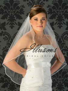 Illusions Bridal Veil With Rhinestone Edge
