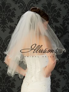 Illusions Bridal White Medium Filament Edge Bridal Veil