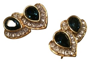 Sapphire blue color glass stones with rhinestones, gold tone clip on earrings