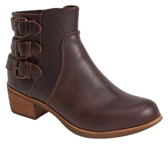 Preload https://item2.tradesy.com/images/ugg-australia-volta-leather-ankle-new-bootsbooties-size-us-10-regular-m-b-4117096-0-0.jpg?width=440&height=440
