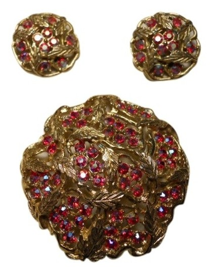 Preload https://item1.tradesy.com/images/sarah-coventry-vintage-ab-pin-and-earrings-411800-0-0.jpg?width=440&height=440