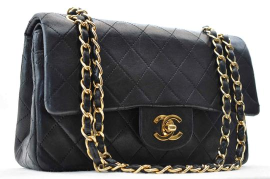 Preload https://item4.tradesy.com/images/chanel-classic-flap-classic-double-chain-black-lambskin-leather-shoulder-bag-4118548-0-6.jpg?width=440&height=440
