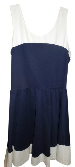 Preload https://item3.tradesy.com/images/saks-fifth-avenue-navy-blue-and-white-red-knee-length-workoffice-dress-size-12-l-4118557-0-2.jpg?width=400&height=650