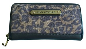 Juicy Couture Juicy Couture Leopard Print Wallet