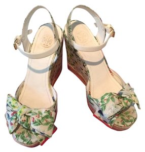 Tory Burch Watercolor Botanical Print/Ivory Wedges