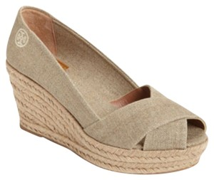 367950b68905 Tory Burch Wedges - Up to 90% off at Tradesy