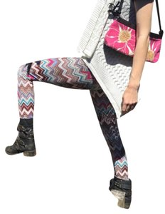 Hot Kiss Leggings