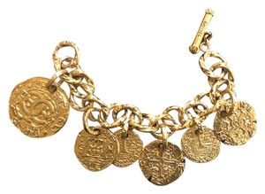 Chanel RARE VINTAGE CHANEL '93A GOLD PLATED CC CHARM BRACELET