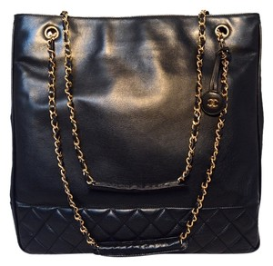 Chanel Vintage Shopper Tote in Black