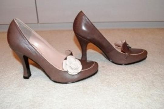 BCBGeneration Light Brown/Taupe Pumps
