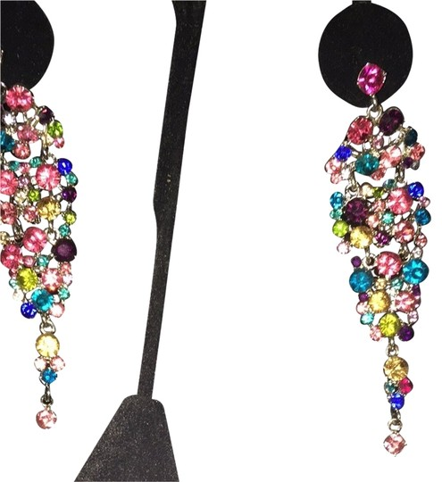 Preload https://item1.tradesy.com/images/very-sparkle-and-luster-4132090-0-0.jpg?width=440&height=440