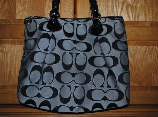 Coach Tote in Black, gray and shimmery silver