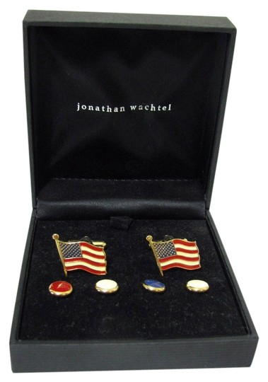 Preload https://item1.tradesy.com/images/red-white-blue-gold-vtg-american-flag-cufflinks-stud-box-set-plated-usa-4133545-0-0.jpg?width=440&height=440