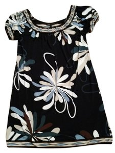BCBGMAXAZRIA short dress Navy Floral Flowy on Tradesy
