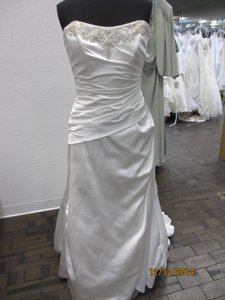 Maggie Sottero J1209 (yara) (100l) Wedding Dress