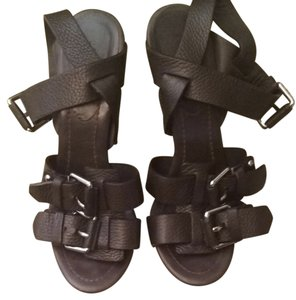 Preload https://item5.tradesy.com/images/theory-brown-strappy-sandals-size-us-8-regular-m-b-4139839-0-0.jpg?width=440&height=440