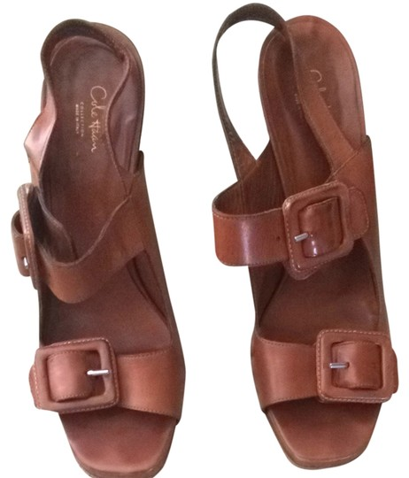 Preload https://item4.tradesy.com/images/cole-haan-caramel-sofia-sandals-size-us-8-regular-m-b-4140193-0-0.jpg?width=440&height=440