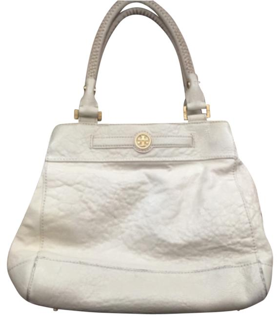 Item - Satchel Cream Leather Baguette