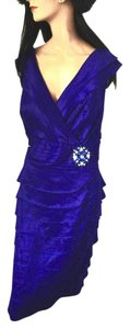 Jessica Howard Crystal Brooch Gown Prom Evening Dress