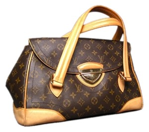 Louis Vuitton Monogram Gm Canvas Shoulder Bag